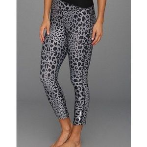 Nike Drifit Black & Gray Leopard Leggings